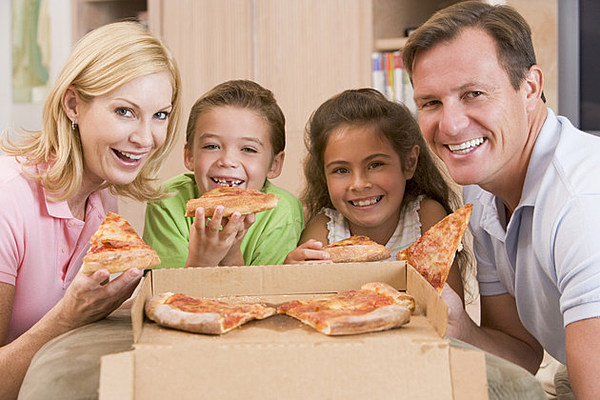 Pizza Guy Gets Delivery, Restores Faith In Humanity
