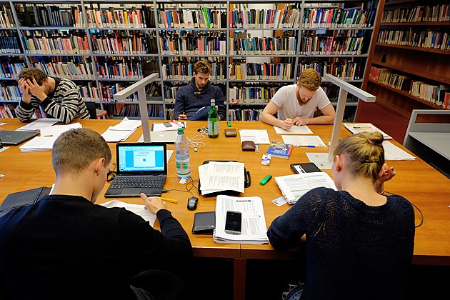 Goethe Universitaet Frankfurt To Celebrate 100th Anniversary