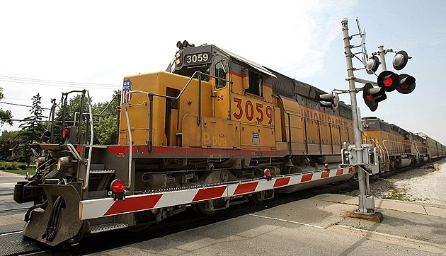 Emergency Telephone Numbers Keep Railroad Crossings Safe